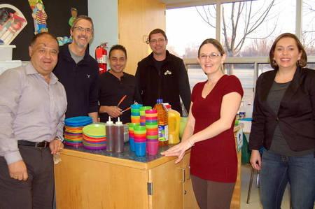 Ceramic Decor Volunteers